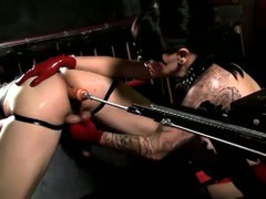 Machine fucking for tied up guy
