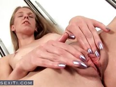 Foul firecracker with a comestible pocketbook prefers her fingers when masturbating
