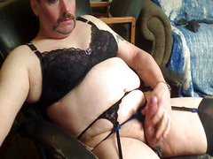 Crossdresser jerks off in lingerie