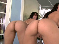 Rachel Starr and Liz both with bubble butt and big