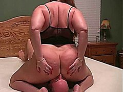 Fatty does facesitting to turn him on lingerie big ass BBW brunette facesitting smothering