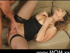 Horny housewife wants to fuck