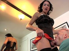 Dark haired shemale Danika Dreamz in black stockings and red