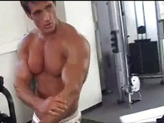 Bodybuilder muscle solo 87