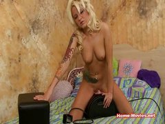 Jeska Gets On The Sybian