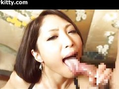 Hot japanese chick cumshot after sucking