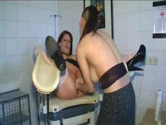 Lesbian double fisting of curvy girl