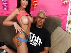 Randi Wright squirt with fingers in her twat