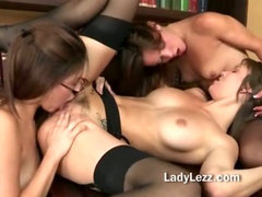 Teen lesbians ass licking hot threeway with wet pussies and flicking tongues