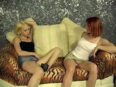Two Bisexual Teens Kissing And Being Fingered By their Guy.F70